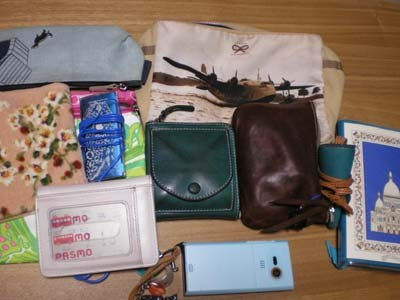 普段のバッグの中身 201006