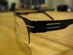 アイシーベルリンのメガネ