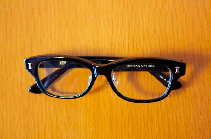 「金子眼鏡」のメガネ