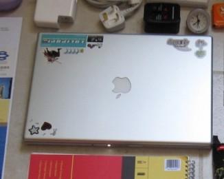 MacBook Pro 15インチ