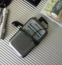 小型ラジオ