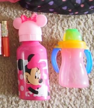 娘たちの水筒