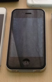 iPhone 4S 16GB 台湾製