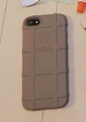 マグプル製iPhoneケース