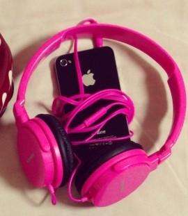 iPhone4/ZUMREEDのヘッドフォン