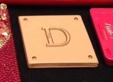 Diorの鏡