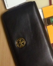 tory burchの財布