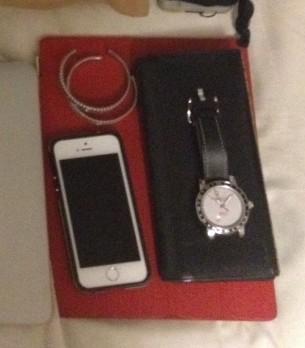 ipad・iphone5s・財布・時計・バングル