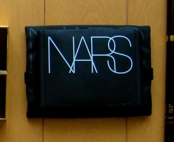 NARSのプレストパウダー