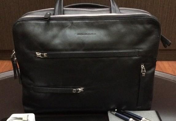 PIQUADROのビジネスバッグ