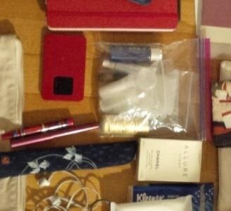 万年筆、バスセット、扇子など