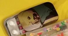 UHA味覚糖×アンディ・ウォーホル のど飴缶