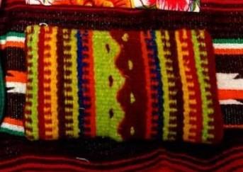 織物のポーチ