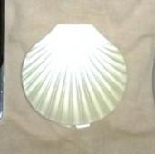 貝殻のミラー